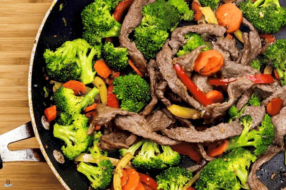 The gravy sauce makes this Garlic Ginger Beef Stir fry amazing