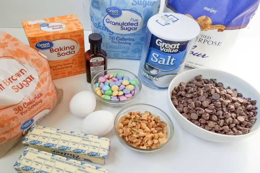 Ingredients for Chunky Chocolate and walnut Easter cookies