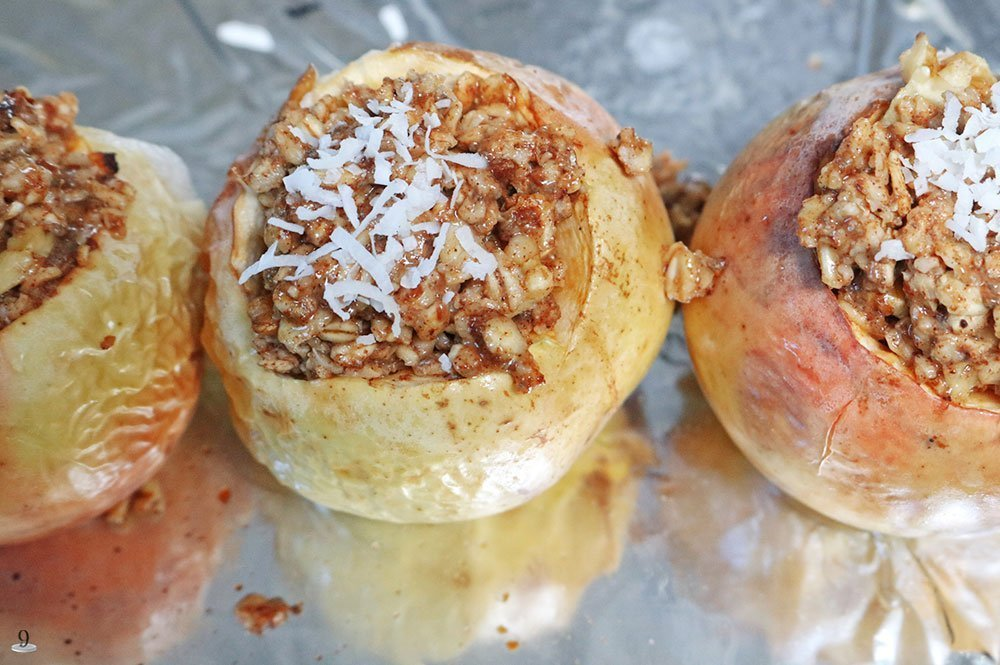Oatmeal Stuffed Apples